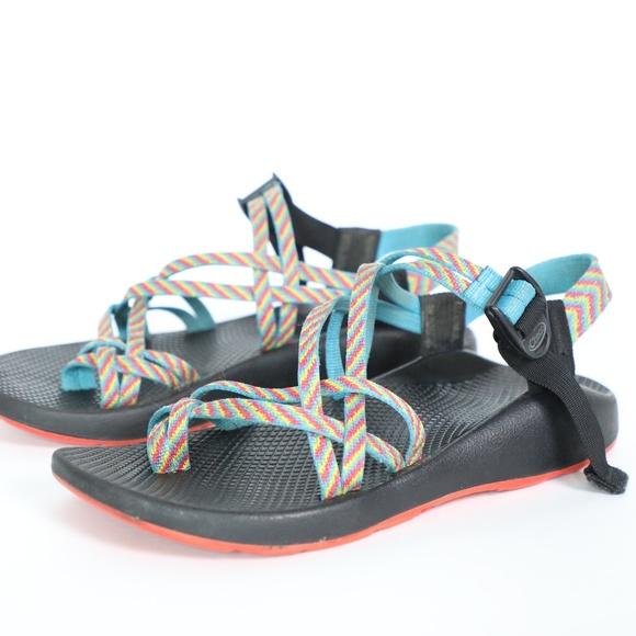 669f71c8a8c4 Chaco Shoes - Chaco Vibram Rainbow Strapped Sports Sandals 9W
